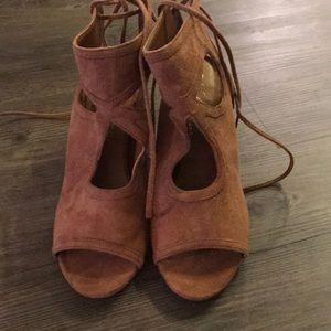 Shoes - Coconuts by Matisse 6.5 platform sandal